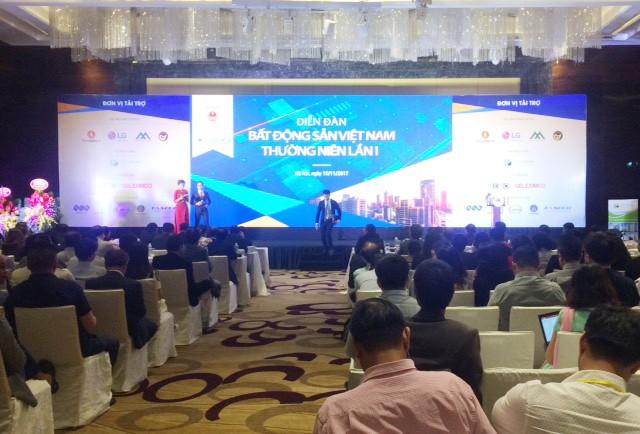 Diễn đàn bất động sản thường niên lần thứ nhất diễn ra tại Hà Nội. Ảnh: Nguyệt Minh