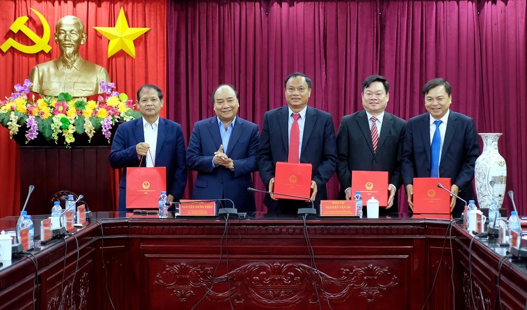 Thủ tướng Nguyễn Xuân Phúc gỡ khó cho Bắc Kạn - ảnh 2