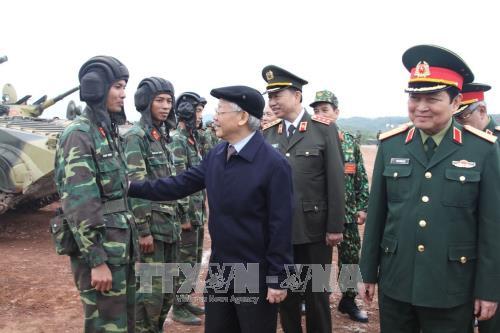 Tổng Bí thư Nguyễn Phú Trọng, Bí thư Quân ủy Trung ương thăm, kiểm tra tổng hợp công tác huấn luyện, sẵn sàng chiến đấu.