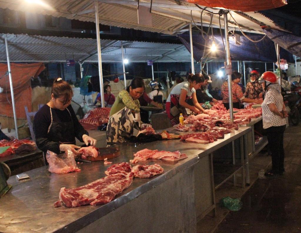 Gỡ bỏ 12 thủ tục sản xuất kinh doanh chăn nuôi, thủy sản - ảnh 2