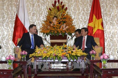 Tổng thống Ba Lan kết thúc tốt đẹp chuyến thăm cấp Nhà nước tới Việt Nam - ảnh 1