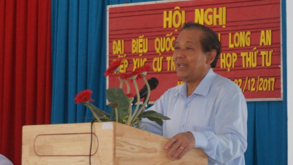 Phó Thủ tướng Thường trực Trương Hòa Bình tại buổi tiếp xúc cử tri. Ảnh: VGP