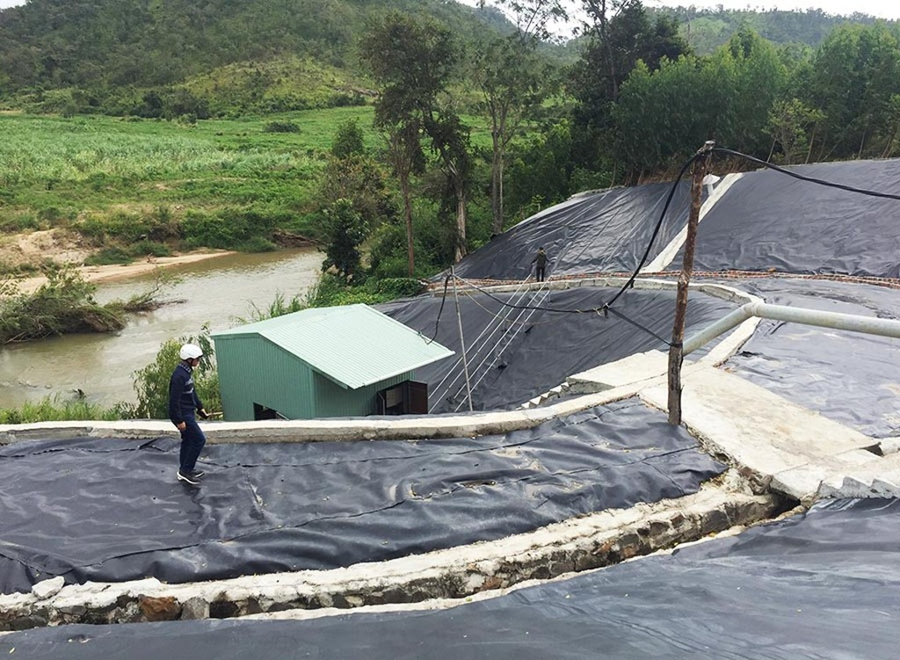 Khu vực nhà máy xả thải trực tiếp ra suối Pờ Yầu. Ảnh: Báo Đắk Lắk