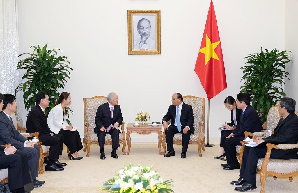 Thủ tướng mong muốn Tập đoàn CJ góp phần tạo làn sóng đầu tư mới từ Hàn Quốc - ảnh 1