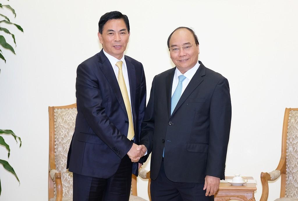 Thủ tướng Nguyễn Xuân Phúc tiếp ông Thẩm Thiên Tinh, Chủ tịch Tập đoàn Giai Nguyên. Ảnh: VGP