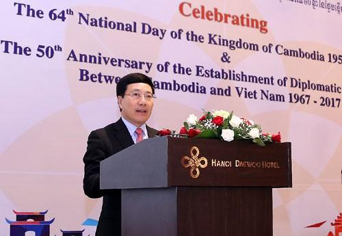 Quan hệ Việt Nam-Campuchia mang lại lợi ích thiết thực cho nhân dân hai nước - ảnh 1