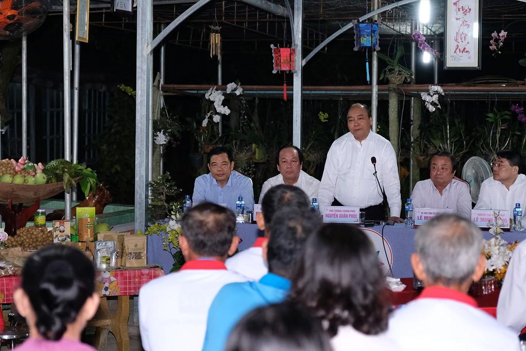 Thủ tướng thăm hội quán, 'đặc sản' của Đồng Tháp - ảnh 1