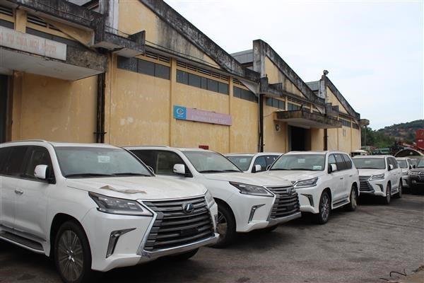 Sau hàng loạt các quy định được cho là ngặt nghèo của Nghị định 116, Toyota đã yêu cầu Bộ Công Thương cấp Giấy phép kinh doanh xe nhập mới theo quy định.