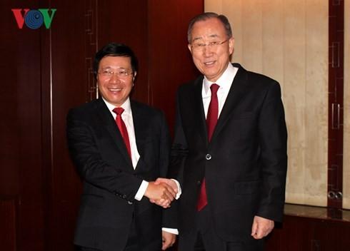 Phó Thủ tướng Phạm Bình Minh thăm chính thức Hàn Quốc - ảnh 1