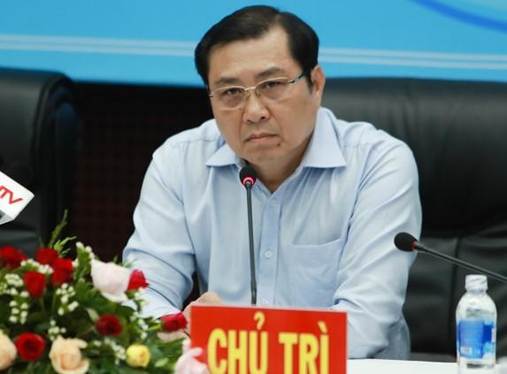 Chủ tịch UBND thành phố Đà Nẵng Huỳnh Đức Thơ kiến nghị khẩn trương truy nã, bắt đối tượng; khẩn trương thanh tra, điều tra và sớm có kết luận về các dự án liên quan đến ông Phan Văn Anh Vũ.