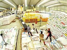 Xuất cấp gạo cho người dân tỉnh Phú Yên bị ảnh hưởng của cơn bão số 12
