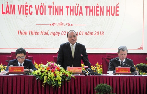 Thủ tướng Nguyễn Xuân Phúc làm việc với UBND tỉnh Thừa Thiên Huế.
