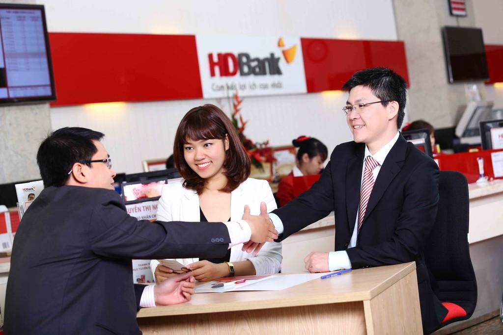 Cổ phiếu HDBank chính thức chào sàn HoSE, lọt top 20 vốn hoá cao nhất