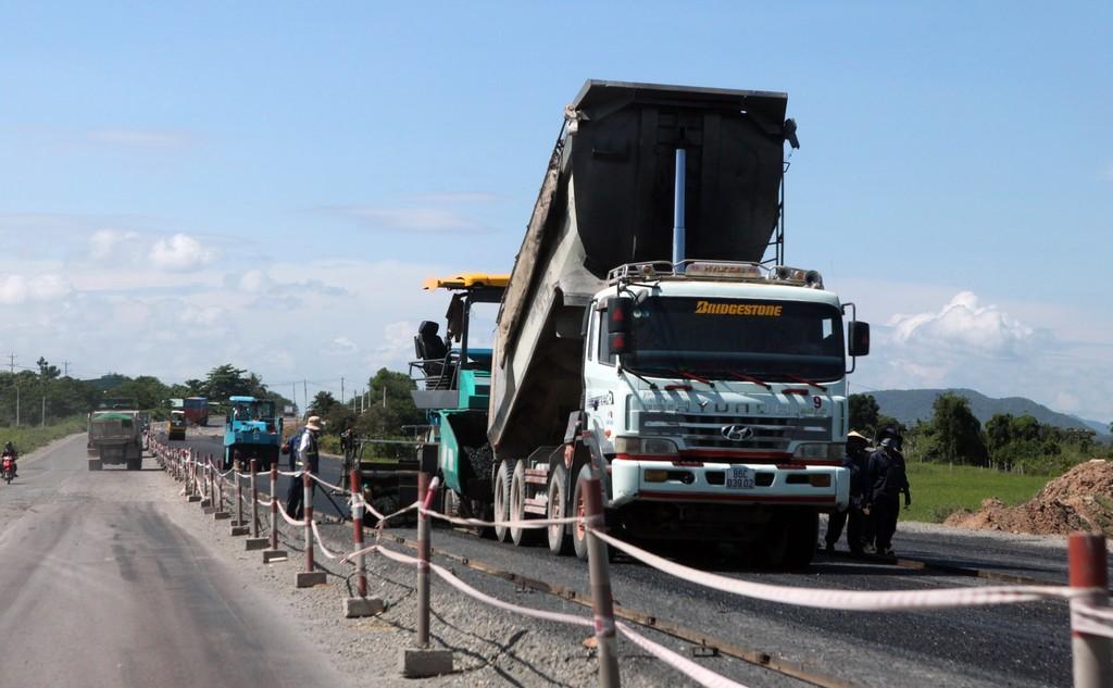 Tổng cục Đường bộ Việt Nam yêu cầu nâng cao chất lượng bảo trì Dự án BOT. Ảnh: Tường Lâm