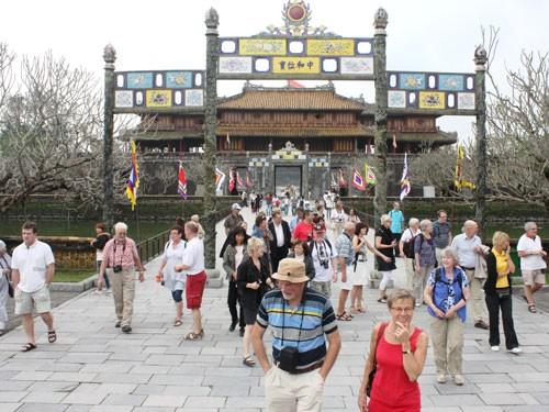 Thừa Thiên Huế cần lấy du lịch làm nền tảng và động lực thúc đẩy phát triển kinh tế-xã hội