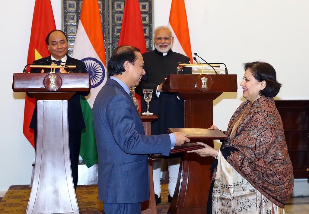 Hai Thủ tướng Việt Nam và Ấn Độ hội đàm - ảnh 2