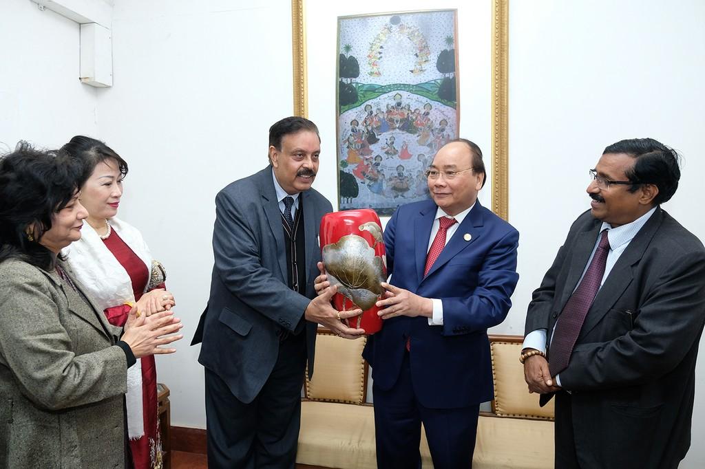 Thủ tướng dự lễ động thổ trụ sở mới Đại sứ quán Việt Nam tại Ấn Độ - ảnh 3