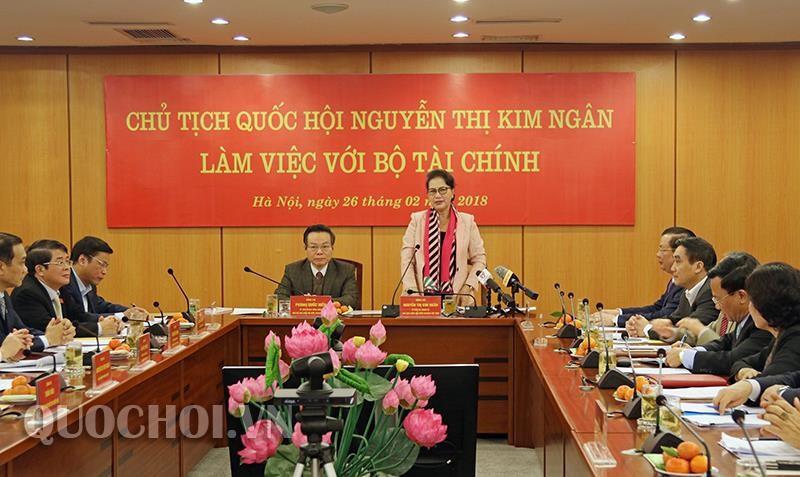 Chủ tịch Quốc hội Nguyễn Thị Kim Ngân phát biểu tại buổi làm việc