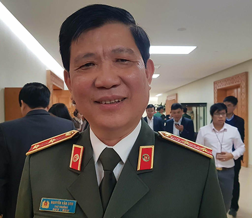 Trung tướng Nguyễn Văn Sơn - Thứ trưởng Bộ Công an cho biết, biển số xe sẽ được đấu giá trực tuyến nhưng biển số đẹp sau đấu giá sẽ không được phép chuyển nhượng.