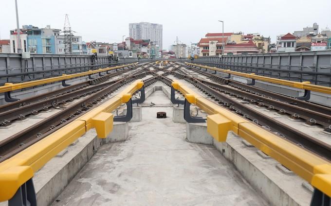 Đường sắt Cát Linh - Hà Đông gặp khó ở các hạng mục thi công cuối - ảnh 8
