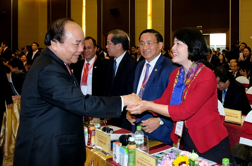 Thủ tướng Nguyễn Xuân Phúc tới dự Hội nghị. Ảnh: VGP