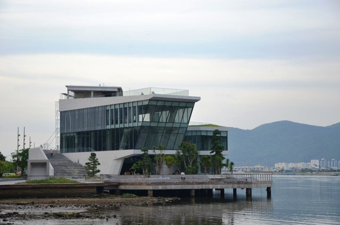 Dự án Nhà hàng du thuyền bên sông hàn