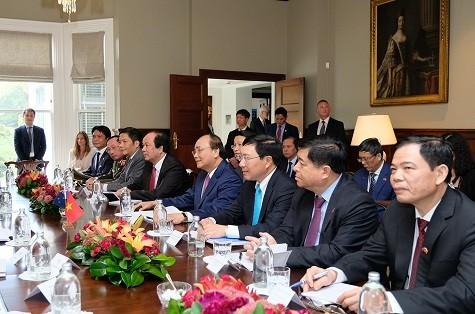 Hai Thủ tướng Việt Nam và New Zealand hội đàm - ảnh 1