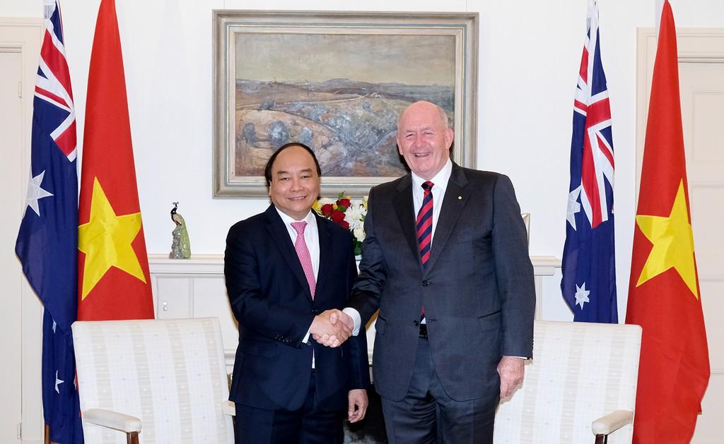 Thủ tướng Nguyễn Xuân Phúc và Toàn quyền Peter Cosgrove. Ảnh: VGP