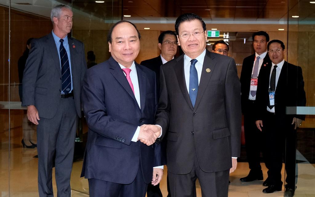 Thủ tướng Việt Nam, Lào gặp gỡ bên lề Hội nghị ASEAN – Australia - ảnh 1