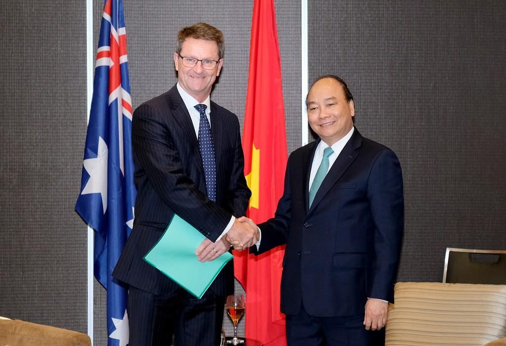 Thủ tướng tiếp Giám đốc điều hành Công ty Sunrice, ông Rob Gordon. Ảnh: VGP