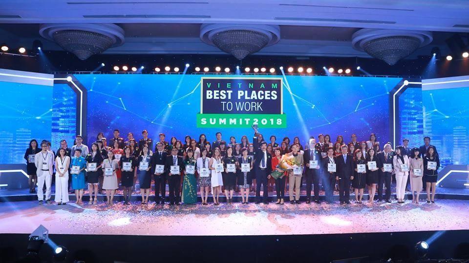 Tập đoàn Xây dựng Hòa Bình đã giành Top 100 Nơi làm việc tốt nhất Việt Nam 2017.