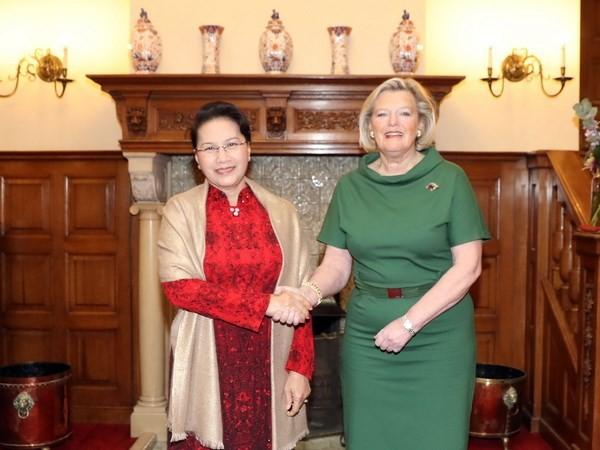 Chủ tịch Quốc hội Nguyễn Thị Kim Ngân hội đàm Chủ tịch Thượng viện Vương quốc Hà Lan Ankie Broekers-Knol.