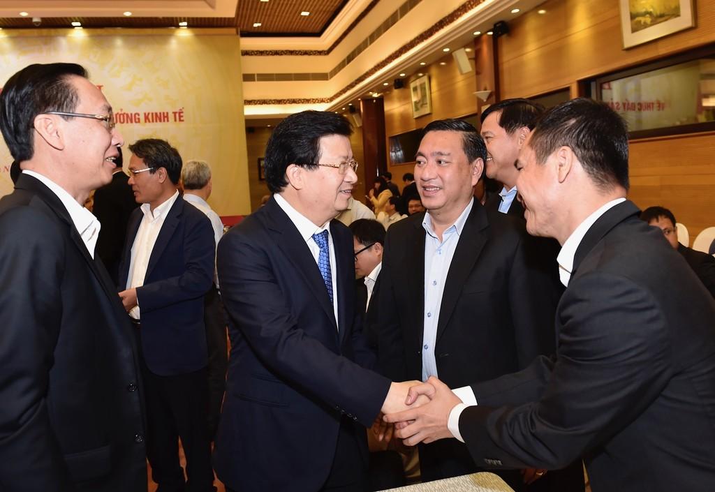 Phó Thủ tướng Trịnh Đình Dũng và các đại biểu tại Hội nghị. Ảnh: VGP