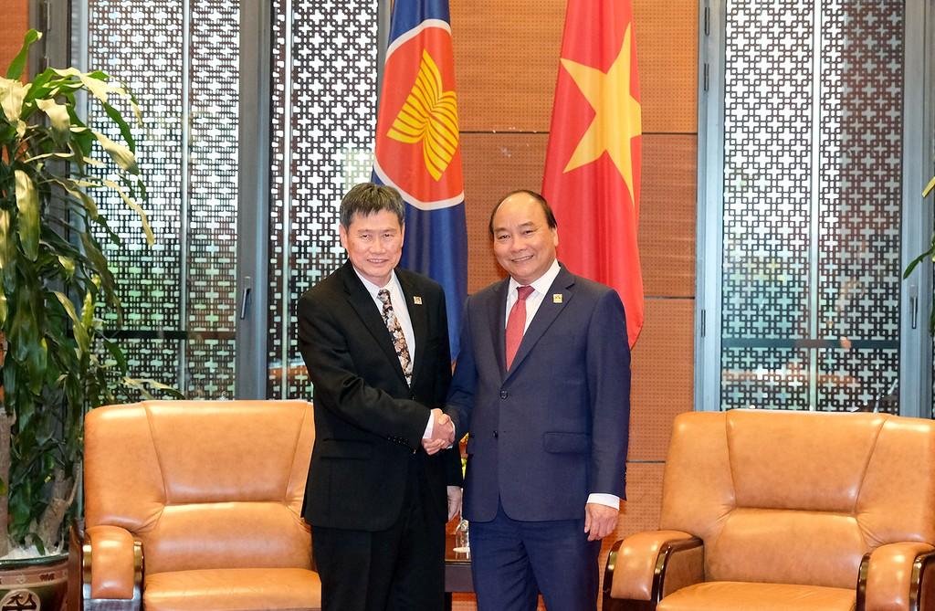 Thủ tướng Nguyễn Xuân Phúc và Tổng Thư ký ASEAN Lim Jock Hoi. Ảnh: VGP