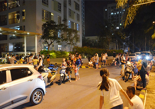 Cháy căn hộ ở Sài Gòn, hàng trăm cư dân tháo chạy - ảnh 2