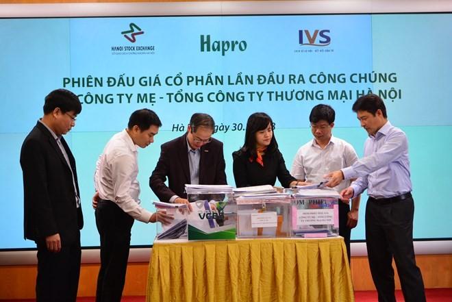 Phiên đấu giá cổ phần vủa Công ty mẹ - Tổng công ty Thương mại Hà Nội, tại HNX. (Ảnh: BTC)