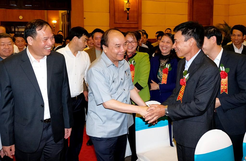 Thủ tướng Nguyễn Xuân Phúc cùng các đại biểu dự Hội nghị. - Ảnh: VGP