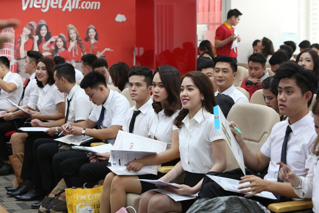 Vietjet tuyển tiếp viên tại Hà Nội và thành phố Hồ Chí Minh