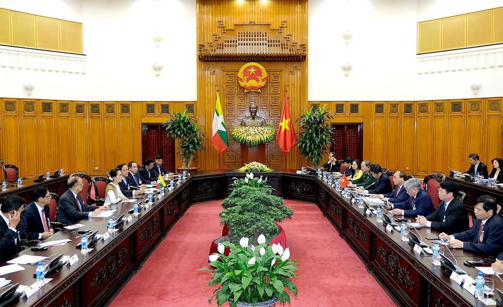 Thủ tướng hội đàm với Cố vấn Nhà nước CHLB Myanmar - ảnh 1