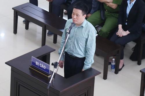 Ông Hà Văn Thắm trong phiên phúc thẩm ngày 18/4.