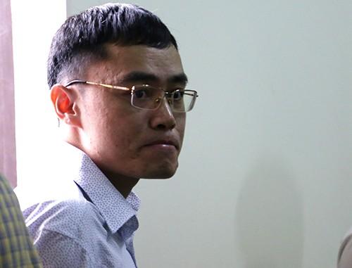 Lê Duy Phong tại toà.