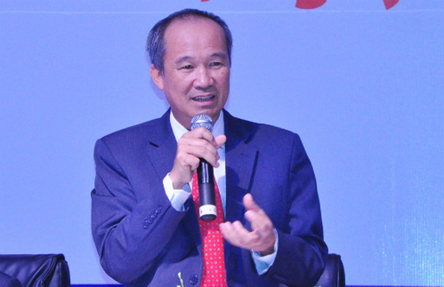 Ông Dương Công Minh tại Đại hội cổ đông Sacombank sáng 20/4.