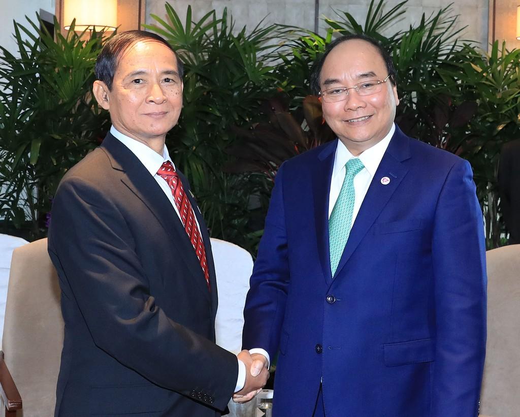 Thủ tướng Nguyễn Xuân Phúc tiếp xúc song phương Tổng thống Indonesia và Myanmar - ảnh 2