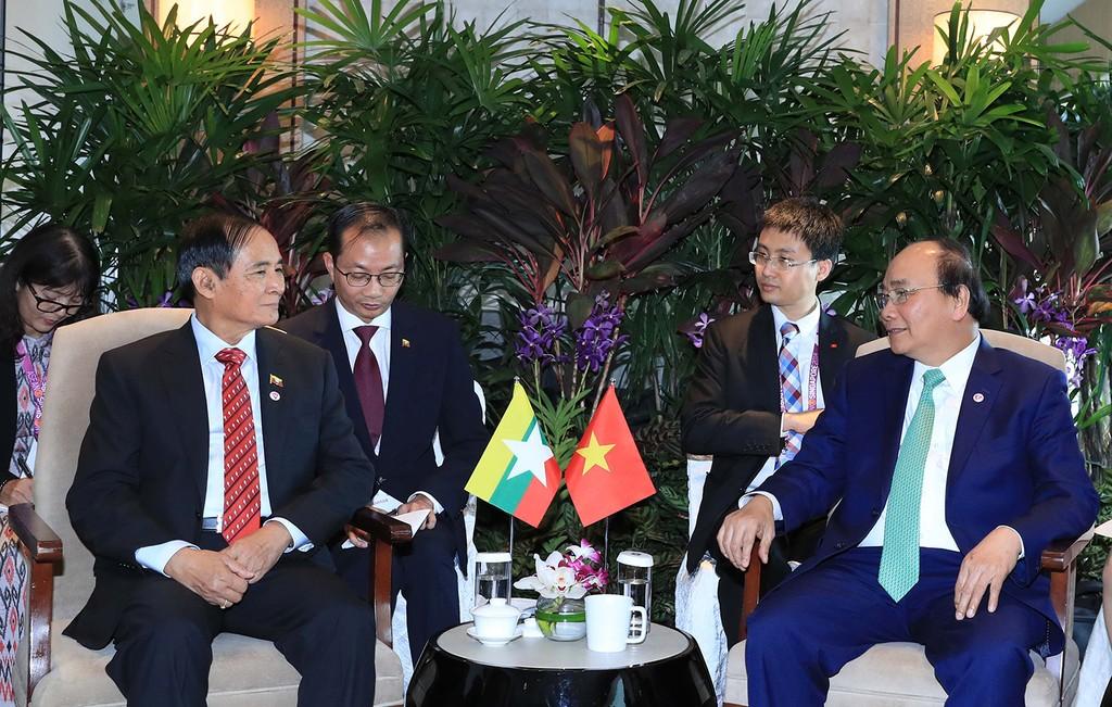Thủ tướng Nguyễn Xuân Phúc tiếp xúc song phương Tổng thống Indonesia và Myanmar - ảnh 3