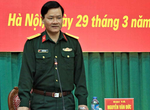 Cục phó Tuyên huấn Bộ Quốc phòng Nguyễn Văn Đức thông tin về vụ Út trọc tại cuộc họp báo quý 1 năm 2018. Ảnh: HT