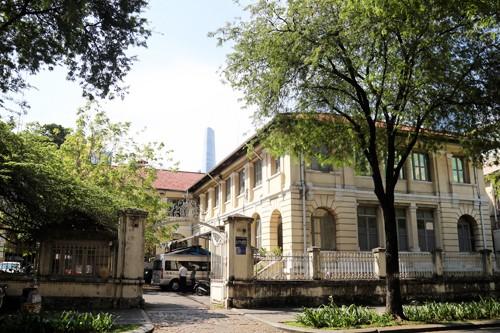 Tòa nhà 130 tuổi ở Sài Gòn có nguy cơ bị phá bỏ - ảnh 2