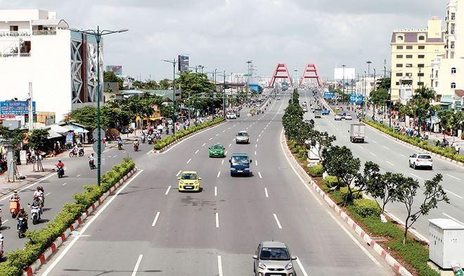 Đường Phạm Văn Đồng được đánh giá là tuyến đường đẹp nhất nhì TP.HCM.