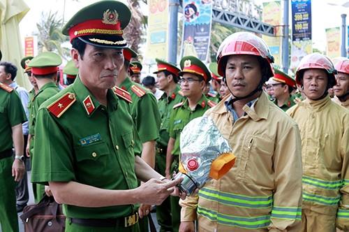 Chung cư 15 tầng ở Nha Trang nhiều sai phạm về phòng cháy - ảnh 1