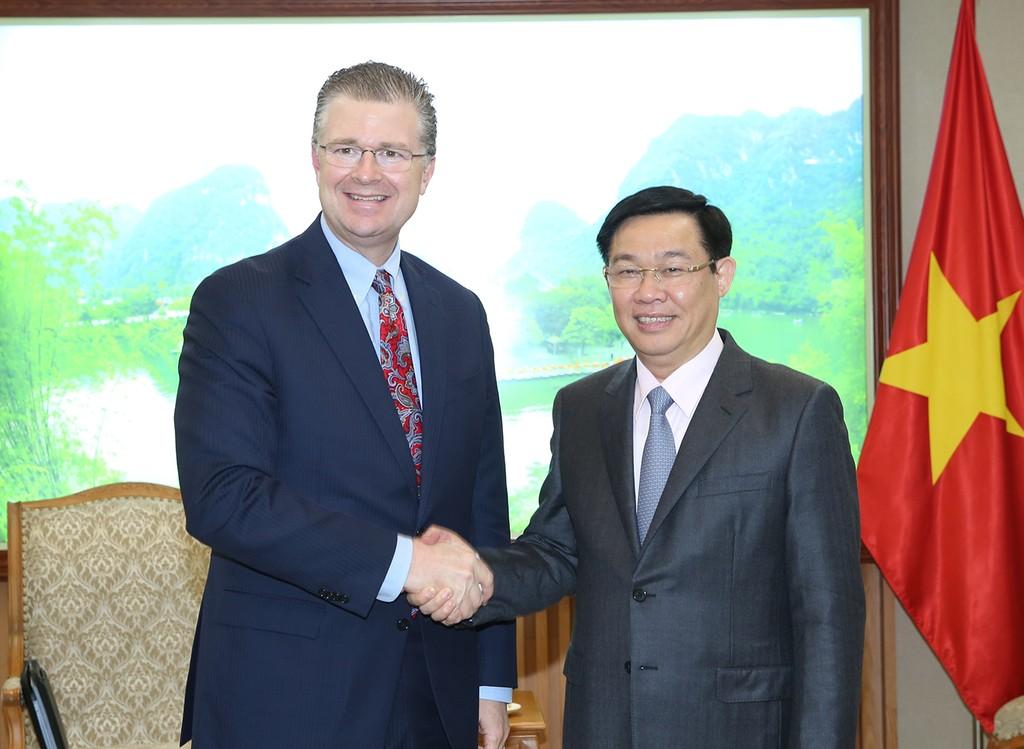 Phó Thủ tướng Vương Đình Huệ tiếp Đại sứ Hoa Kỳ và Brazil - ảnh 1