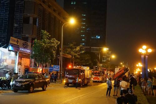 Cháy tầng 25 toà cao ốc ở Hà Nội - ảnh 1